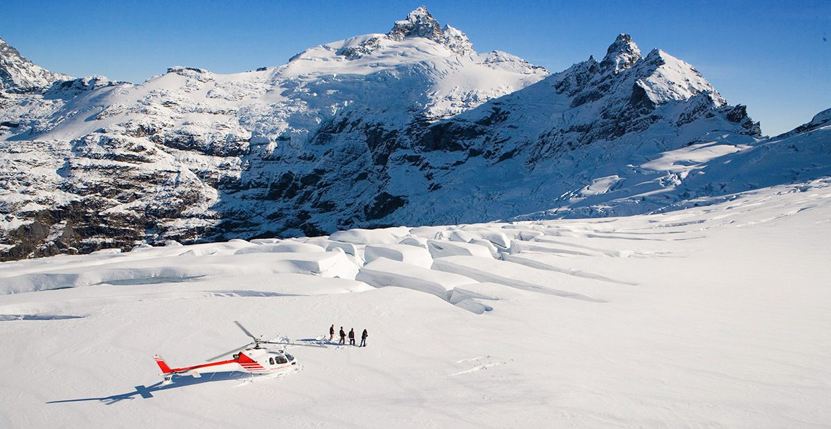 1071UEo_NZ_AD269-Clarke-Glacier-Queenstown-Glacier-Southern-Lakes-Helicopters-1