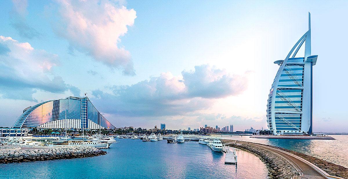 1071_UEo_OCE_Jumeirah_Beach_Hotel_-_Hotel_with_Burj_Al_Arab_Panoramic_View