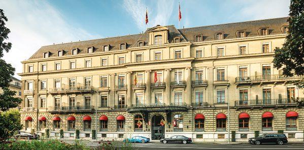 1131_HAG_HotelMetropole-Genevaterrace_lakeview_176-RET_middle