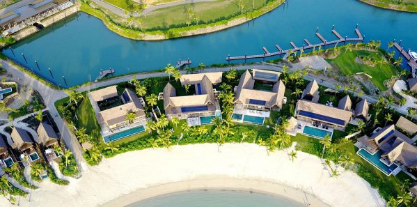 Six_Sense_beachfront_pool_residences