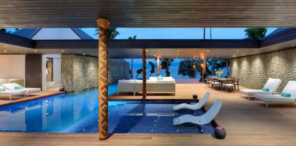 VOMO-The-Palms-Pool
