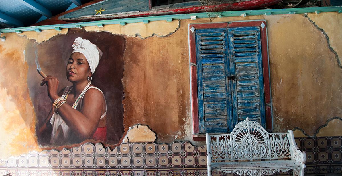 crumbling_facades_Havana
